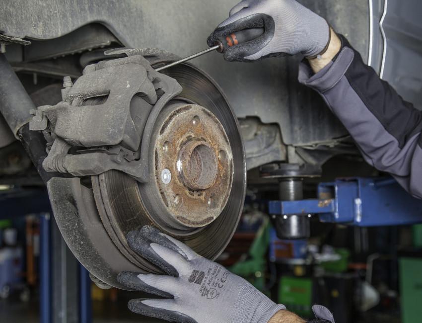 Auch für Gebrauchtwagen die Inspektionen in der Kfz-Werkstatt vornehmen lassen