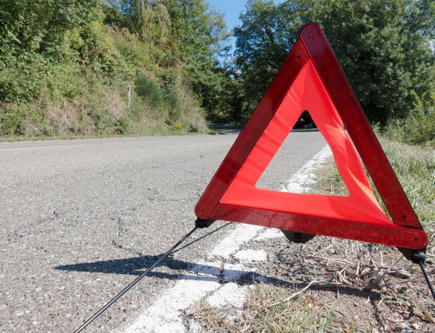 Kfz Werkstatt Bei einer Panne auf der Autobahn ist besondere Vorsicht notwendig