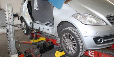 Karosserie Reparatur nach Unfall